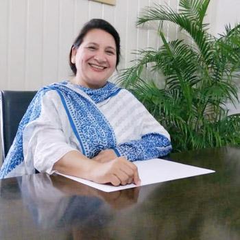 Nicky P Kaur